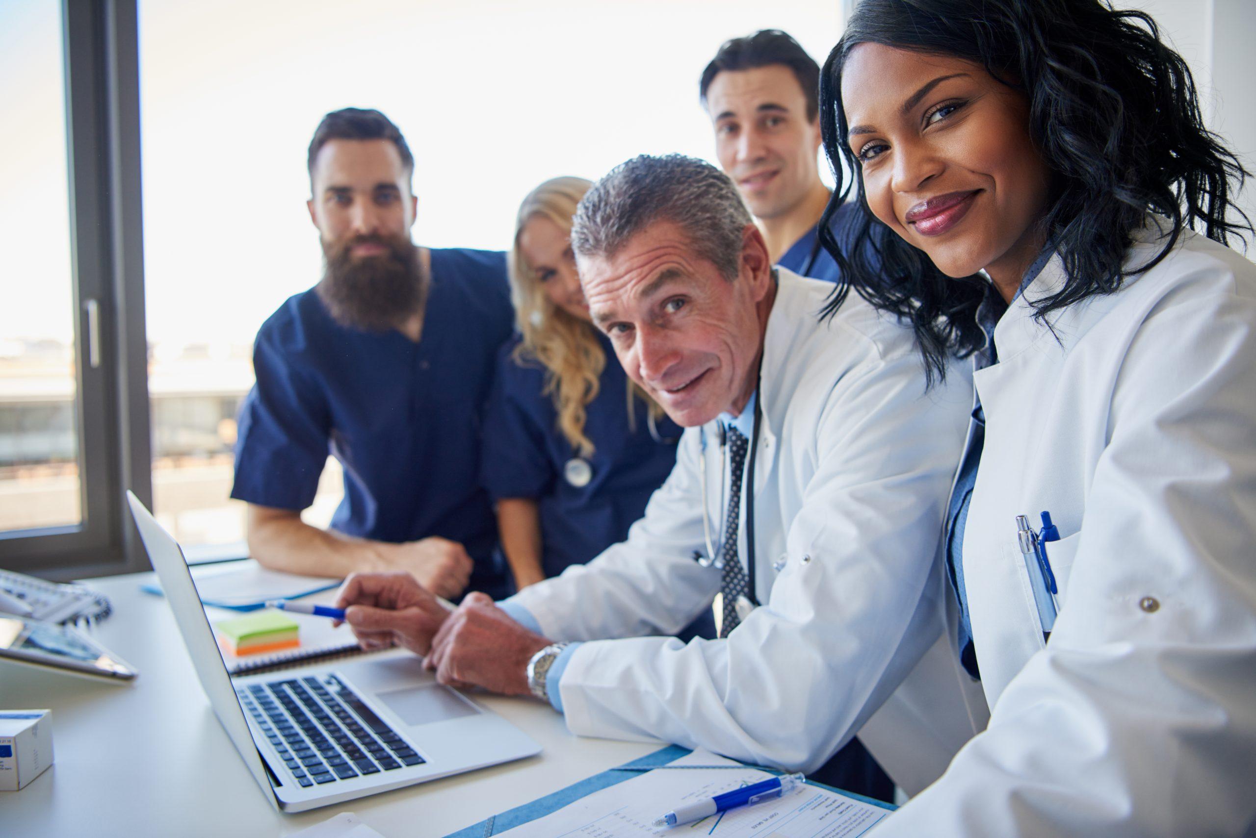 Jak wygląda możliwość stosowanie reklamy przez lekarzy?