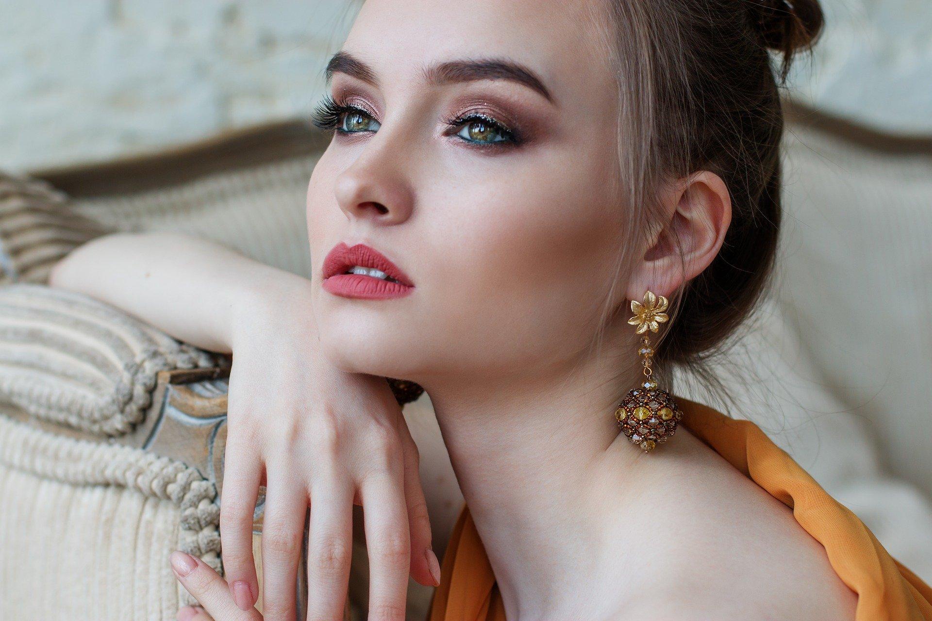 Makijaż permanentny – szczegółowe informacje o zabiegu
